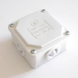Кутия противовлажна 70/70 IP 54 бяла