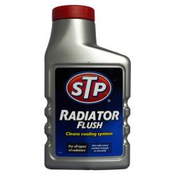 Добавка за почистване на охладителната система STP 300мл
